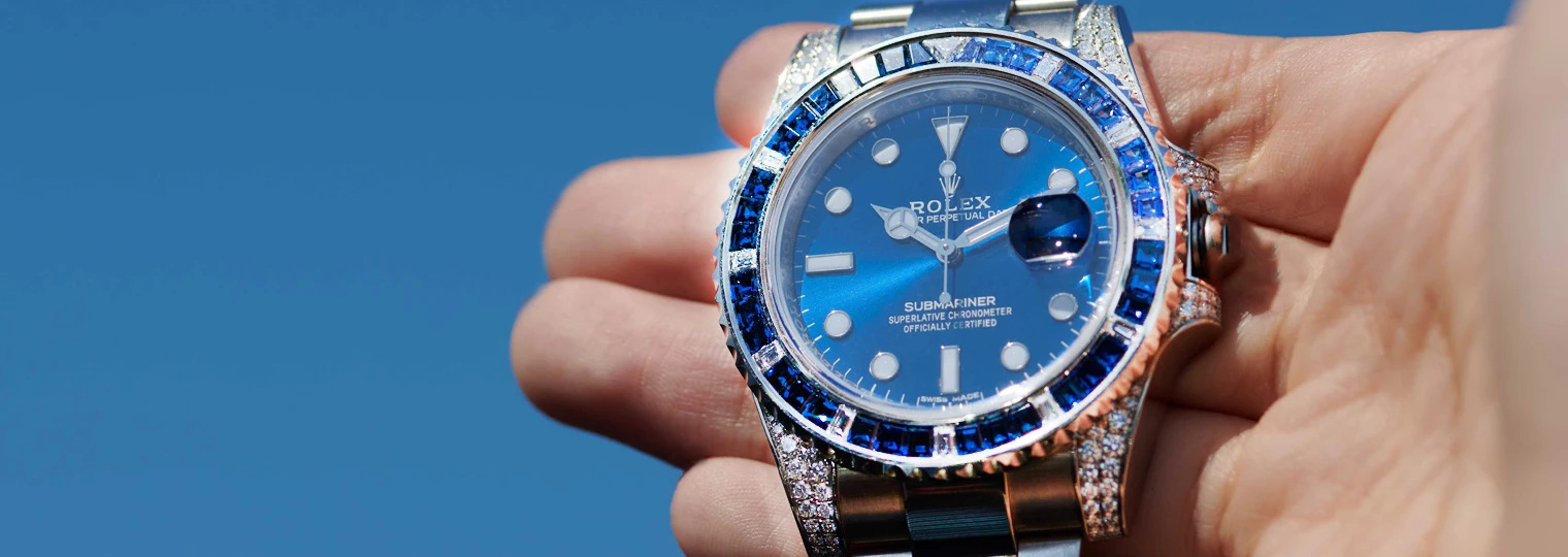 36 sapphires, 12 diamonds on the bezel, and a rich sunburst blue dial on the Rolex Submariner 116659SABR